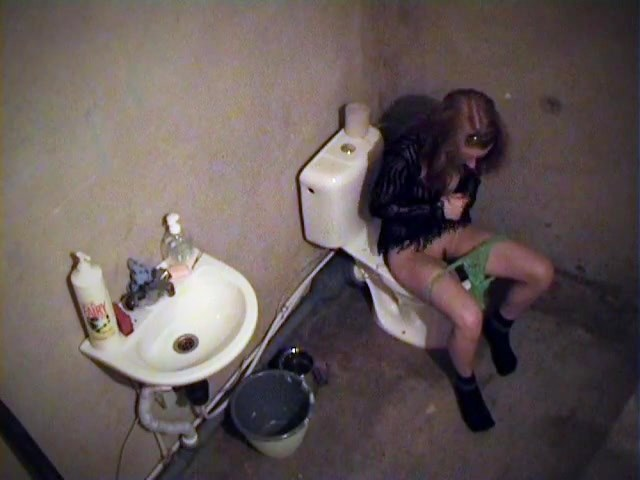 Girl getting relaxatimake a motion make a motion the toilet cam