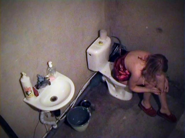 Toilet spy cam shot lalin girl before sleep
