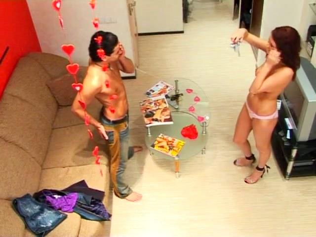 quietus Valentines party on the voyeur cam