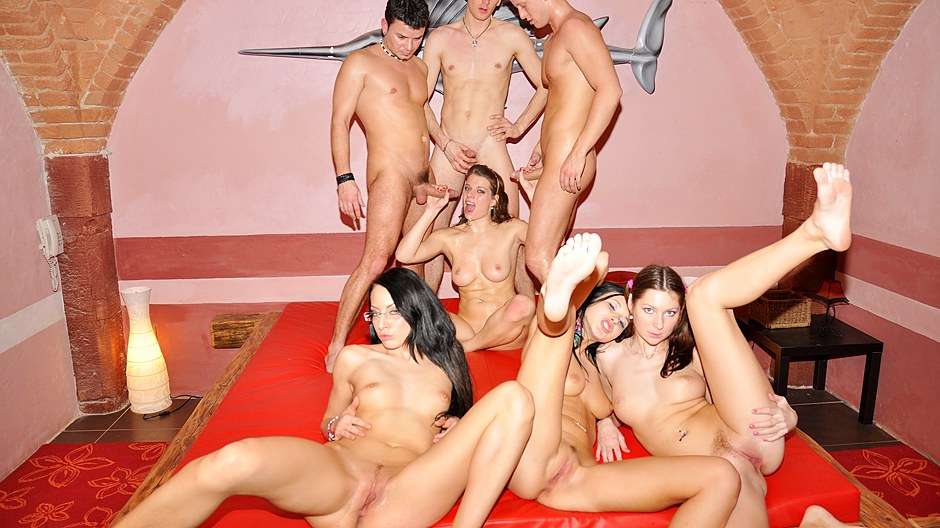 attractive college girls party sex scene