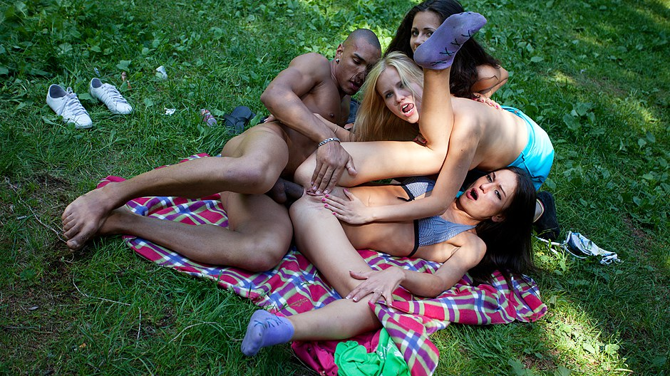 Hardcore student anal eroticism at BBQ party