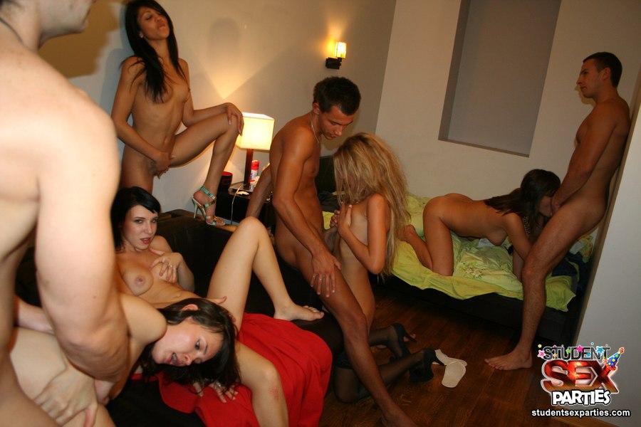 Оргии на студенческих вечеринках