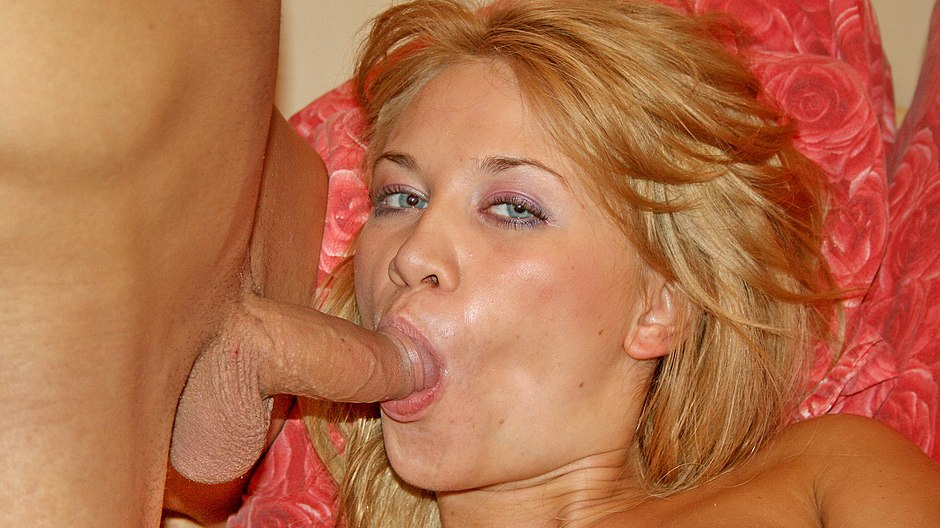 Blowjob in the car and anal fuck party