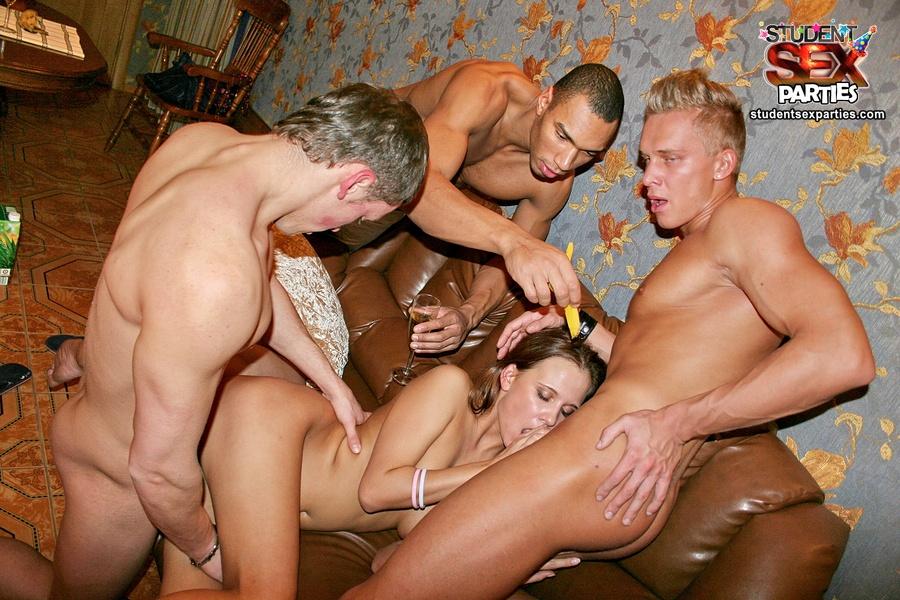 onlayn-porno-russkoe-vecherinka-kvartira