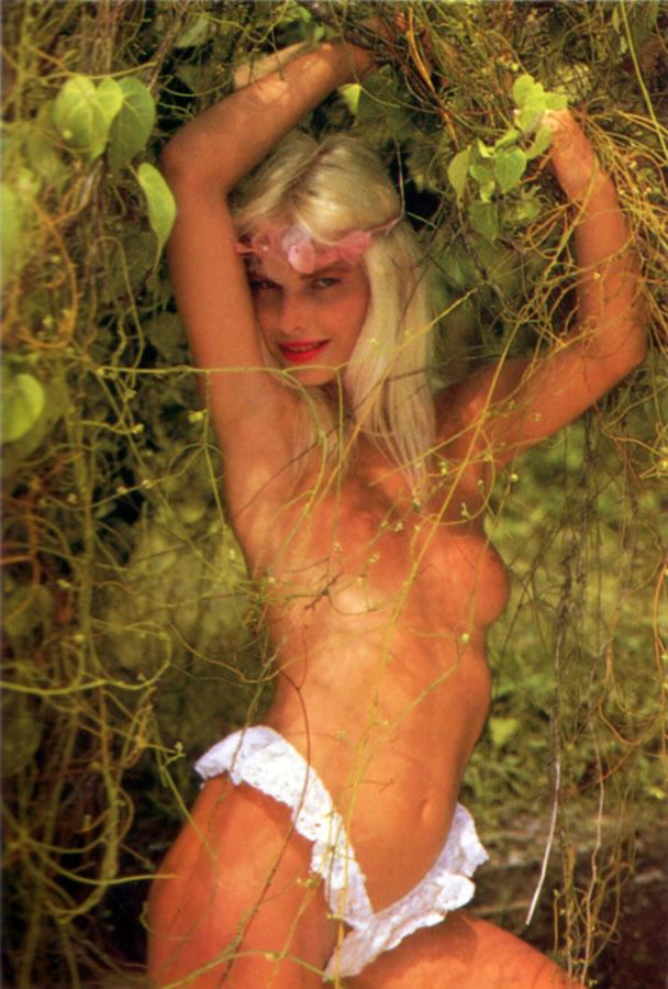 Cicciolina (Ilona Staller) 7 photos #15763