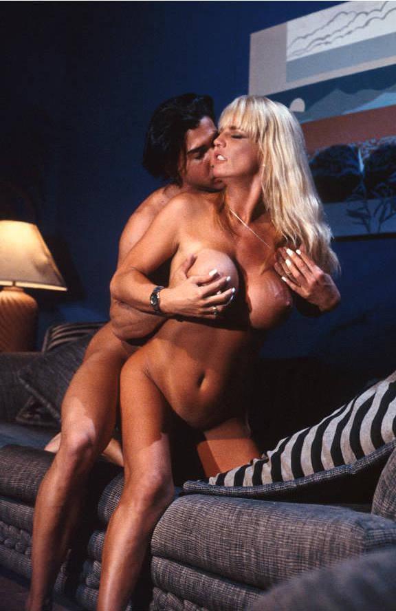 two girls boobs nude