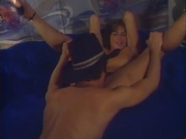 Don fernando jesse adams kevin james in classic xxx scene 10