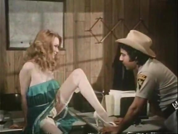 Jacqueline Lorians, Brooke Fields, Debi Diamond in vintage fuck clip