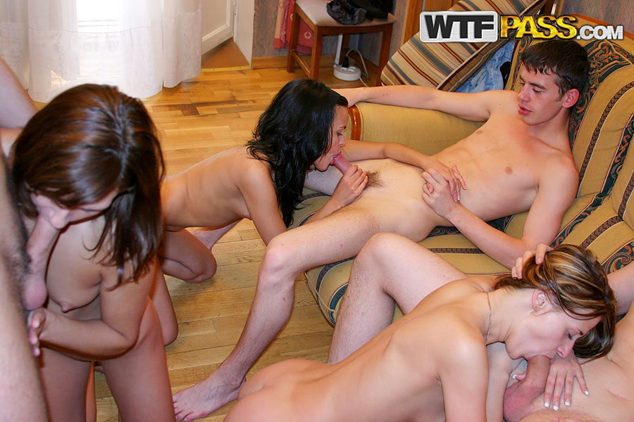 Girls hot fun college having
