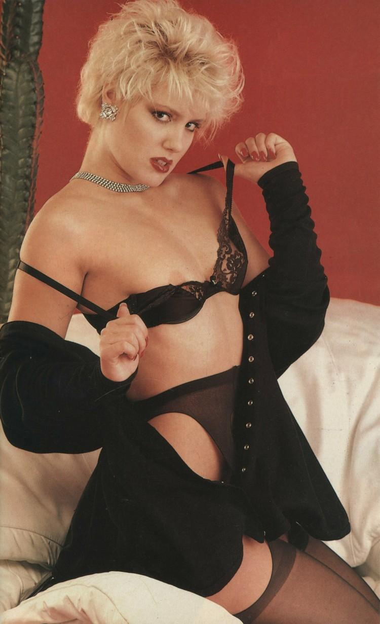 jeanna fine nude pics