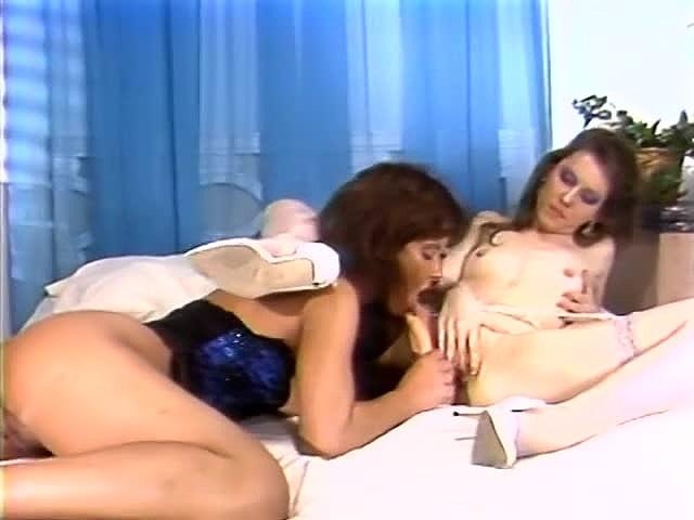 Aja, Christine Robbins, Kathleen Gentry in vintage porn scene - סרטי סקס