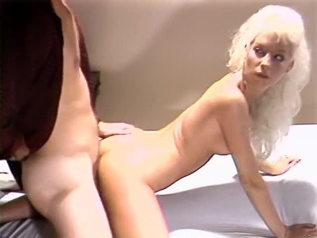 Aja, Dana Lynn, Kathleen Gentry in classic sex clip - סרטי סקס