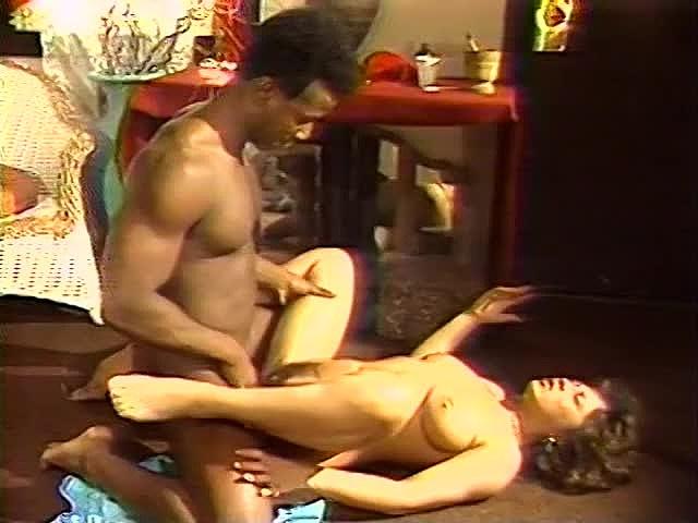 Aja, Lynn LeMay, Megan Leigh in classic xxx site - סרטי סקס