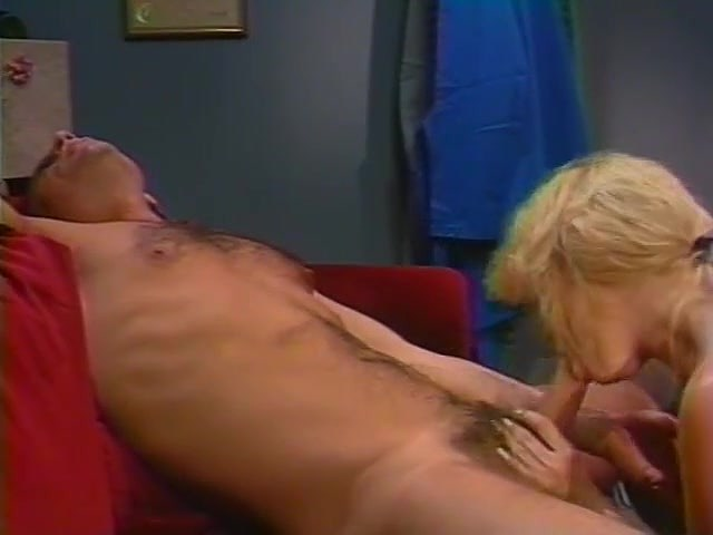 Alex Storm, Chessie Moore, Racquel Darrian in classic sex scene - סרטי סקס