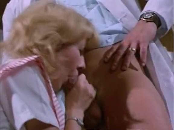 Amber Hunt, Chris Cassidy, Nancy Hoffman in vintage sex movie - סרטי סקס