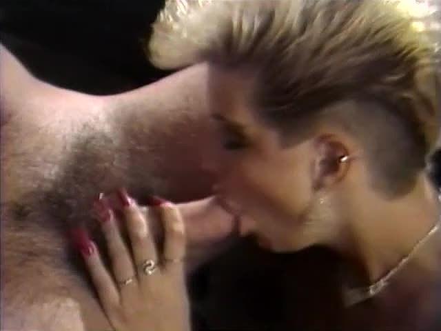 Amber Lynn, Aurora, Tracey Adams in vintage sex clip - סרטי סקס