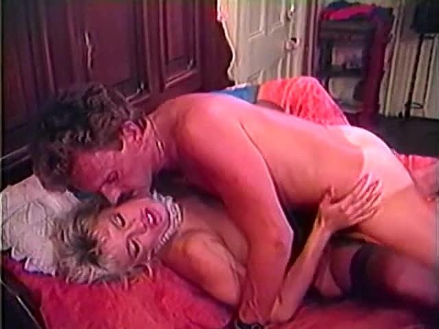 Amber Lynn, Danielle, Erica Boyer in vintage xxx movie - סרטי סקס