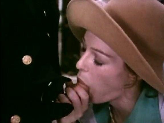 Annette Haven, C.J. Laing, Constance Money in vintage fuck movie - סרטי סקס