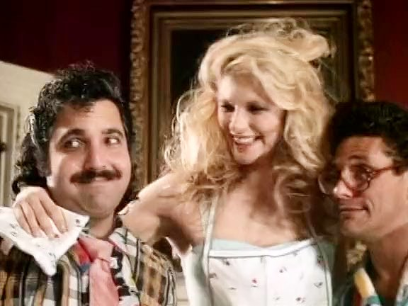 Ashley Welles, Billy Dee, Ron Jeremy in exciting threesome from the golden age of porn - סרטי סקס
