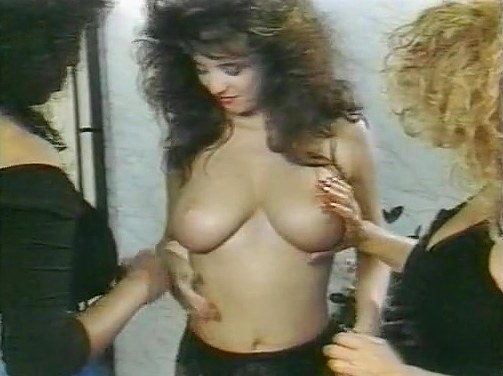 Barbara Alton, Christy Canyon, Carmel Nougat in vintage xxx scene - סרטי סקס