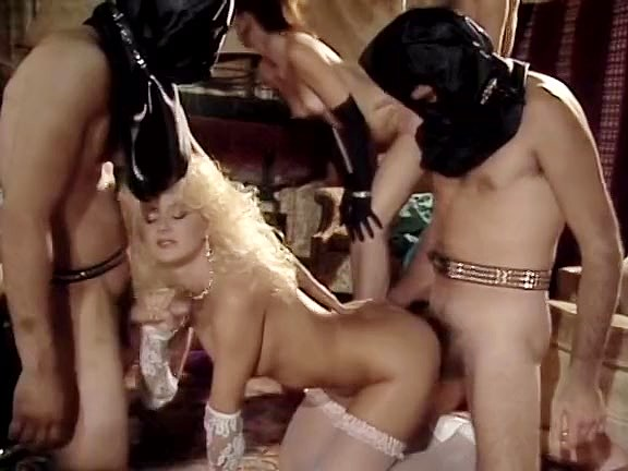 Brandy Wine, Britt Morgan, Damien Cashmere in Brandy Wine in white lacy panty takes part in orgy - סרטי סקס