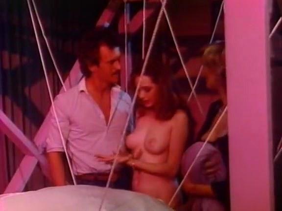 Bridgette Monet, Joey Silvera, Sharon Kane in vintage sex scene - סרטי סקס