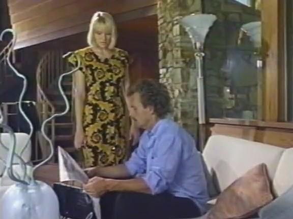 Carrie Bittner, Summer Knight, Stacey Nichols in classic sex video - סרטי סקס