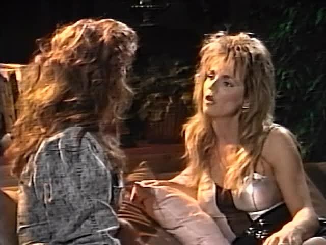 Charli, Erica Boyer, Keisha in vintage fuck clip - סרטי סקס