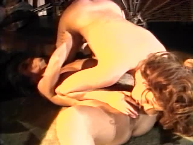 Charli, Erica Boyer, Keisha in vintage fuck movie - סרטי סקס