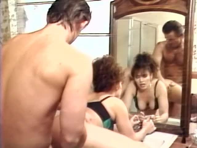 Charli, Erica Boyer, Keisha in vintage fuck scene - סרטי סקס