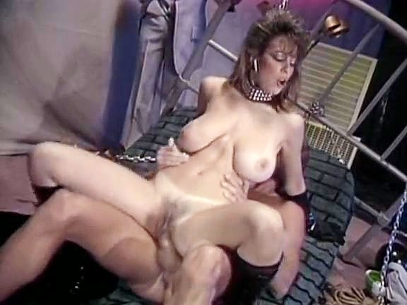 Christy Canyon, Peter North in bdsm mistress lets the slave fuck her in 70s porn - סרטי סקס