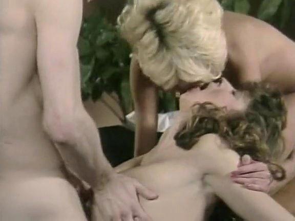 Christy Canyon in classic xxx clip - סרטי סקס