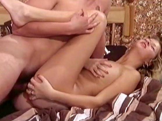 Crazy vintage fuck star in vintage porn movie - סרטי סקס