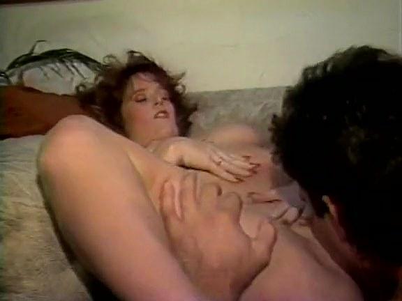 Dana Lynn, Barbie Doll, Laurel Canyon in vintage porn video - סרטי סקס