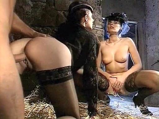 Deborah Wells, Elodie John Holmes, Cindy Wilson in classic xxx clip - סרטי סקס