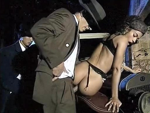 Deborah Wells, Elodie John Holmes, Cindy Wilson in classic xxx scene - סרטי סקס