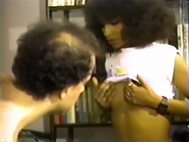 Deliah, Marita Ekberg, Sahara in classic sex clip - סרטי סקס