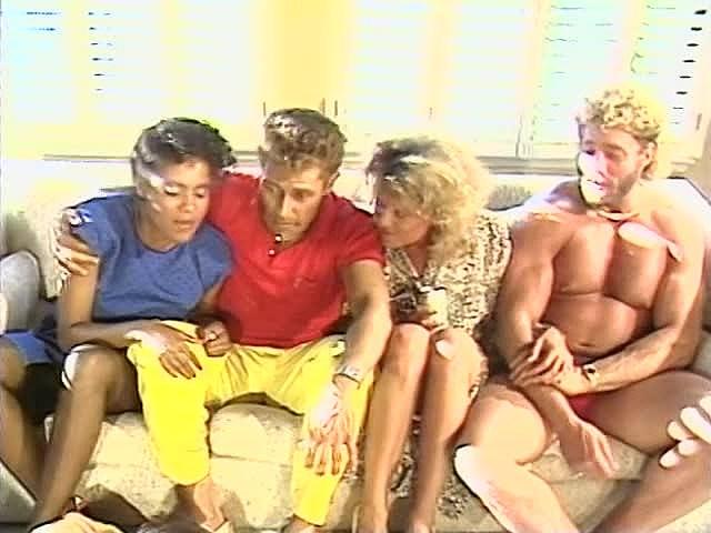 Frankie Leigh, Jeannie Pepper, Kim Alexis in vintage porn movie - סרטי סקס