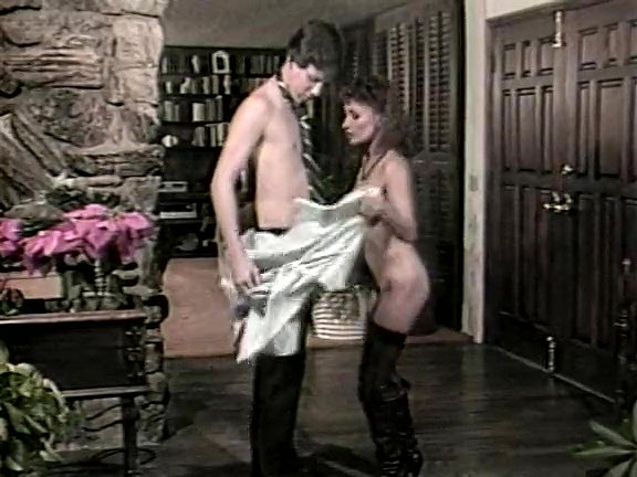 Ginger Lynn Allen, Tom Byron, Pamela Jennings in classic fuck video - סרטי סקס