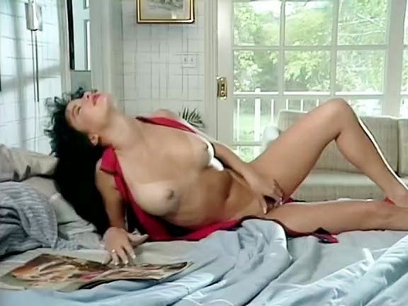 Iesha, Madison in 1970 pornstars do pussy licking and fingering - סרטי סקס