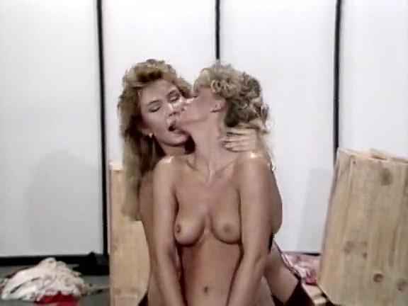 Jamie Summers, Sheena Horne, Greg Derek in asian retro porn actress Sheena Horne starring - סרטי סקס