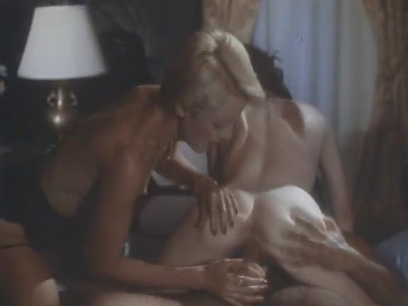 Juliet Anderson, Ron Jeremy, Veronica Hart in vintage xxx video - סרטי סקס