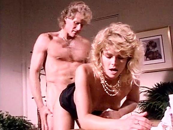 K.C. Williams, Randy West in classic porn video featuring hot blonde chick - סרטי סקס