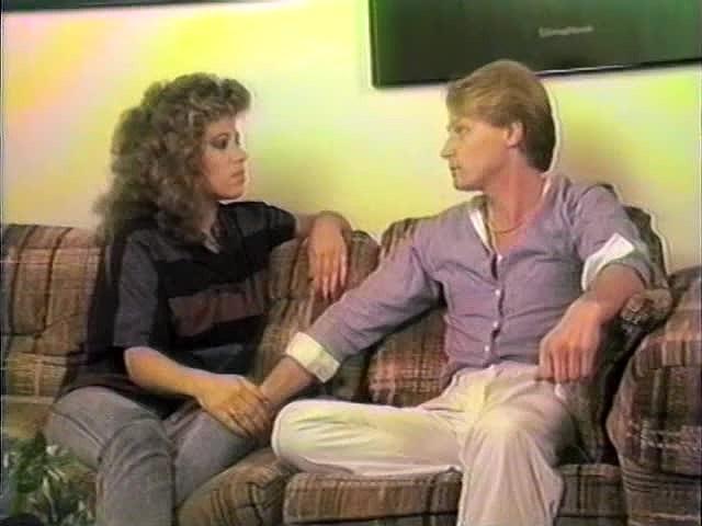 Mimi Daniels, Randy Alexander, Sheri St. Clair in vintage porn scene - סרטי סקס