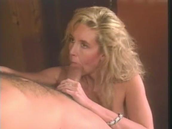 Victoria Paris, Tianna, Chessie Moore in vintage porn movie - סרטי סקס